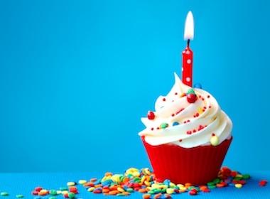Odio del compleanno: che male fanno le candeline sulla torta?