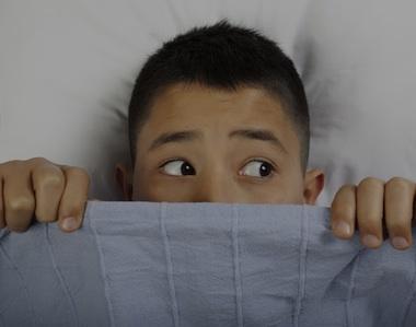 Come aiutare i figli a gestire le paure notturne