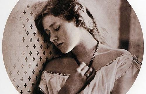 Depressione dopo il parto: manifestazioni e sintomi