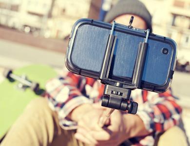 I selfie sui social, una mania narcisistica?