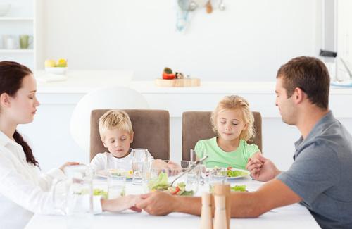 Valori religiosi e famiglia: vivere la fede nelle famiglie di oggi
