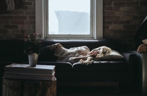 Sogno o son desto? I benefici del sonno pomeridiano