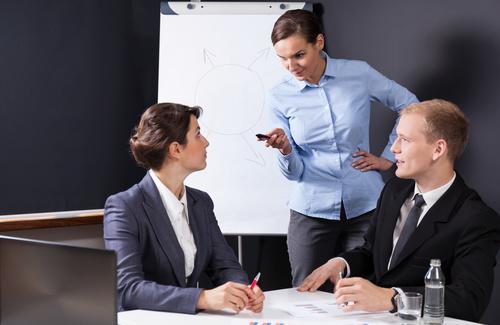 Le aspettative sui colleghi possono essere fonte di stress sul lavoro