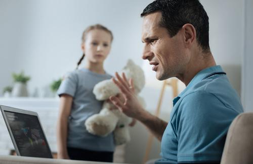 Lo stress di padre in figlio