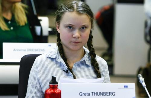 Ai ragazzi servono esempi come Greta Thunberg