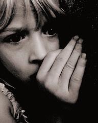 La fobia sociale: cause psicologiche